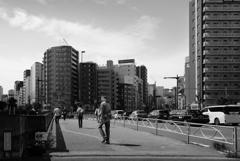 暑い日の浅草橋