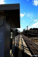 冬晴れのローカル駅