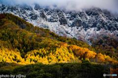 初冠雪の戸隠と紅葉⑦