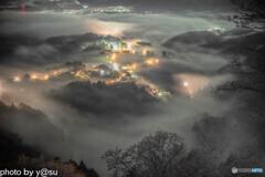 吉野山の雲海と千本桜