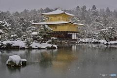 金閣寺 舎利殿・雪景