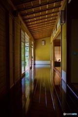 瑠璃光院 廊下