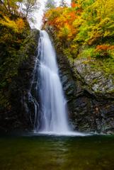 紅葉シーズン滝巡り9  暗門の滝 第二の滝