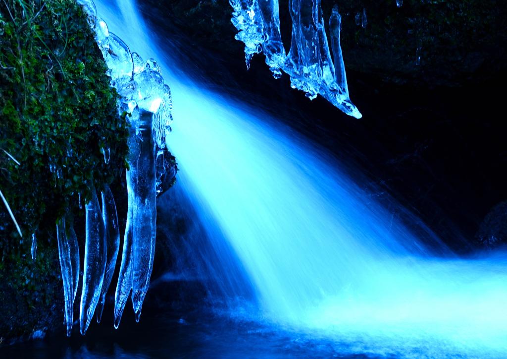 冬の渓流ーⅠ