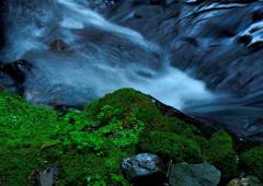 初秋の渓谷ーⅠ