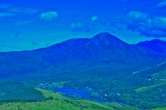 蓼科山と白樺湖
