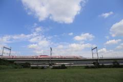 青空とキティ新幹線
