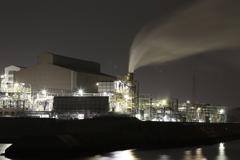 ギッラギッラに輝く工場