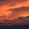台風17号北上中ー燃え上がる夕雲