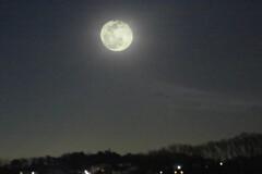令和の満月