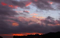 雲の朝焼け