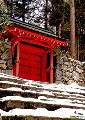 雪の朱雀門