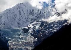 ―未踏峰の神々の山―メツモ(神女峰6,054m)