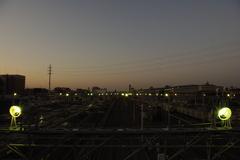 夜明けの操車場