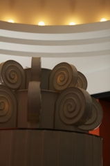 旧朝香宮邸(現東京都庭園美術館) 香水塔