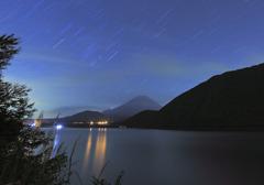 星の降る秋富士