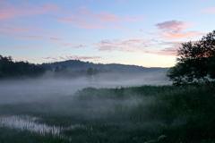 朝焼けの大江湿原