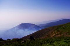 山頂の朝 ~小さな富士~
