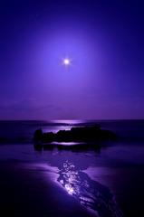 月夜の海原