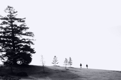 丘にのぼりて
