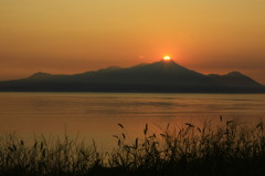 普賢岳に沈む夕日