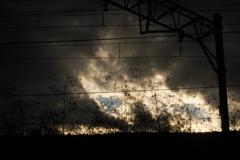 厚い雲の午後