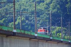 朝の多摩川橋梁