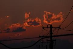 雲が燃える夕景