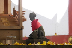 黄葉の稲荷神社