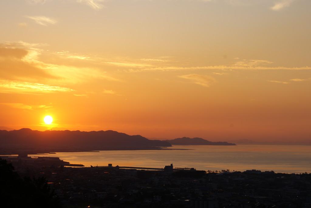 三島公園から望む夕日