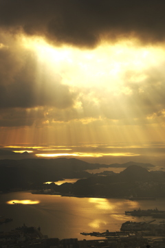 夕日の光線