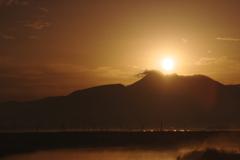 雲仙の夜明け