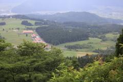 六呂師高原を望み