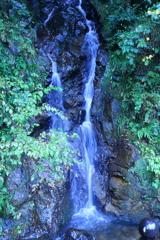 中腹から滝壺 鯉谷滝