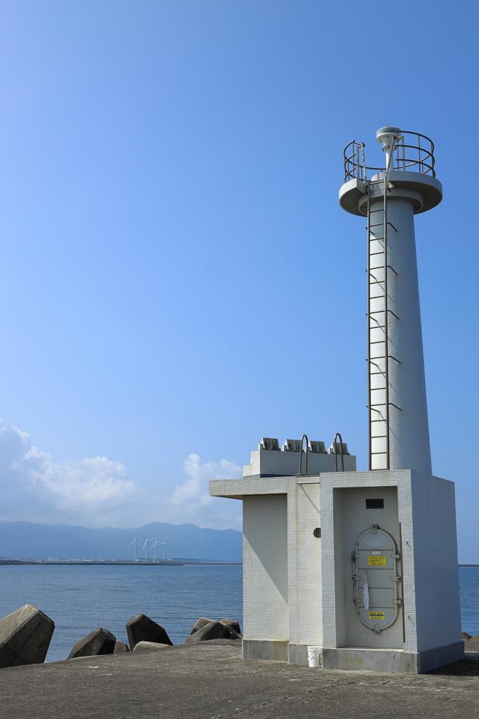 三国防波堤灯台