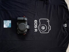 EOS R Tシャツ表