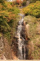 ホワイトロードの無名滝3