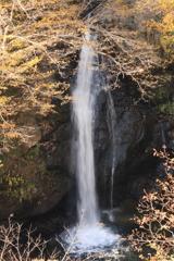 サコサガ滝 下段と滝壺