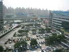 中華人民共和国上海市闵行区蓮花路駅