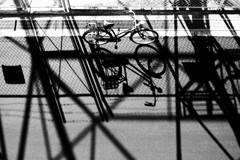 自転車といろんな影