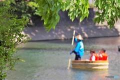 新緑を川下り