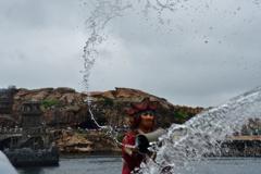 海賊なるもの… 水を恐れてはならん!