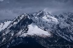 穂高の峰、夏を前に