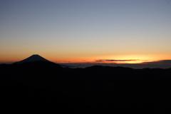 南アルプス茶臼岳-上河内岳~空が白み始める頃~