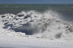 台風一過 白波