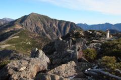 南アルプス茶臼岳-上河内岳~茶臼岳山頂付近からの上河内岳~