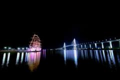 新湊大橋と海王丸 (2)a