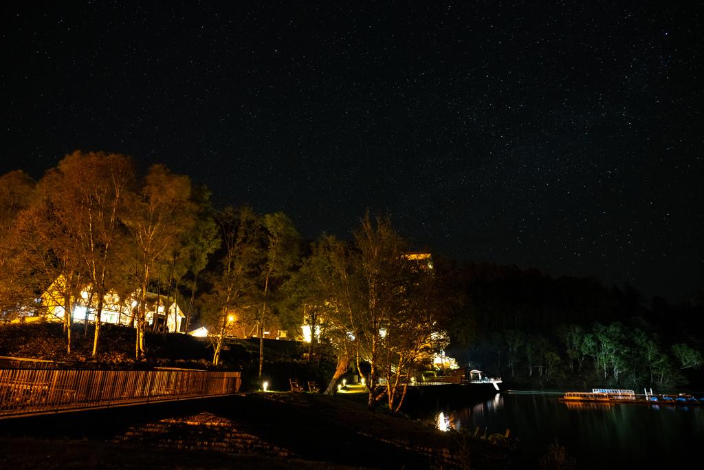 然別湖畔公園と星空