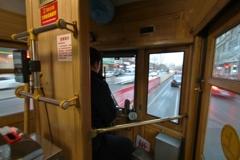 路面電車の運転席