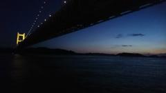 薄暮の瀬戸大橋。